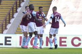 """""""Aston Villa"""" šventė gyvybiškai svarbią pergalę"""
