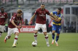 """""""Serie A"""": """"AC Milan"""" ir toliau nepralaimi, """"Napoli"""" prarado taškus išvykoje"""