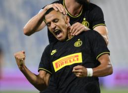"""""""Inter"""" siekia užbaigti derybas dėl A. Sanchezo iki Europos lygos sezono pratęsimo"""