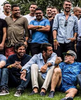"""Vienoje nuotraukoje – daugybė """"Serie A"""" legendų"""