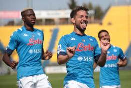 """""""Serie A"""": """"Napoli"""" ir""""AC Milan"""" pasiekė lengvas pergales"""