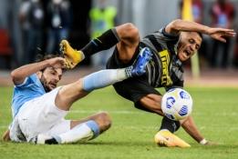"""""""Serie A"""": """"Inter"""" ir """"Lazio"""" lygiosios bei triuškinanti """"Atalanta"""" pergalė"""