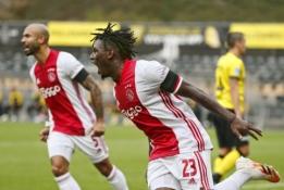 """""""Ajax"""" vietinėje lygoje 13:0 išmėsinėjo """"Venlo"""" ekipą"""