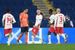 """""""RB Leipzig"""" septynių įvarčių dramoje palaužė """"Basaksehir"""" ekipą"""