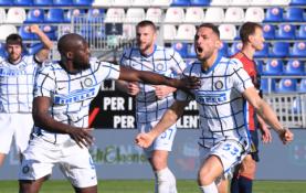 """""""Inter"""" antrajame kėlinyje palaužė """"Cagliari"""""""