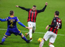 """""""AC Milan"""" per pridėtą laiką išsigelbėjo nuo pirmojo pralaimėjimo Italijos pirmenybėse"""