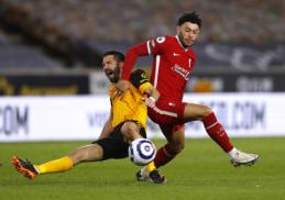 """""""Wolves"""" nukovusi """"Liverpool"""" sugrįžo į pergalių kelią"""