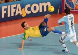 Futsal karalius Falcao: gatvės triukų meistras, tapęs čempionu