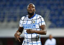 """""""Inter"""" atmetė solidų """"Chelsea"""" pasiūlymą už R. Lukaku"""