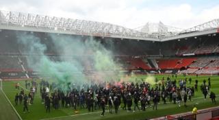 """P. Schmeichelis: neramumus sukėlę """"Man Utd"""" fanai – idiotai"""