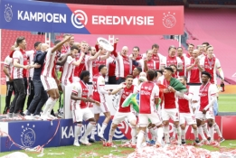 """Ajax"" komanda karūnuota šalies čempione"