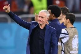 Po pralaimėjimo prieš Šveicariją D. Deschampsas vengė atviro atsakymo apie savo ateitį