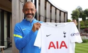 """""""Tottenham"""" trenerio paieškos pagaliau baigėsi: oficialiai pristatytas N. Espirito Santo"""