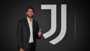 """M. Locatelli perėjimas į """"Juventus"""" tapo oficialus"""