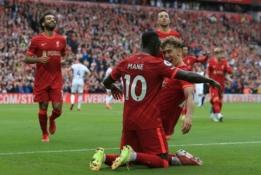 """""""Liverpool"""" namuose užtikrintai įveikė """"Burnley"""" ekipą"""