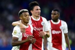 """""""Ajax"""" savo varžovus Olandijoje pavaišino 9 įvarčiais"""