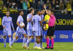 """Barcelona"" liko be pergalės prieš ""Cadiz"""