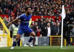 Pamatykite: įmušęs įvartį Old Trafforde Townsendas atkartojo Ronaldo įvarčio šventimą