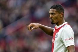 """""""Ajax"""" netikėtai suklupo namie, PSV turėjo vargo su """"Sparta"""""""