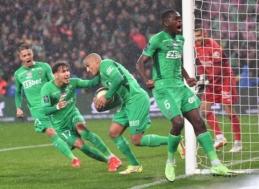"""""""Saint Etienne"""" derbyje išplėšė lygiąsias"""