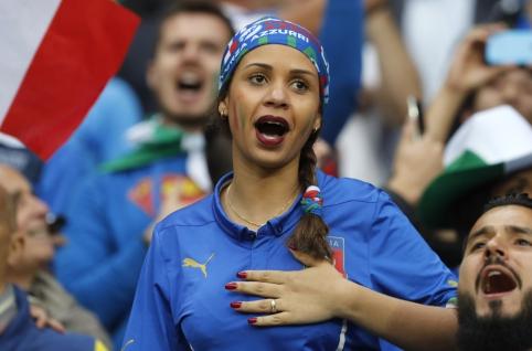 """""""EURO 2016"""": Karščiausios merginos ir spalvingiausi fanai (FOTO)"""
