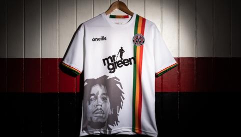 """""""Bohemian"""" marškinėliai su B. Marley atvaizdu"""