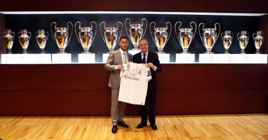 """Gausiai užpildytame Madrido stadione prisistatęs E. Hazardas: """"Seniai svajojau apie šį momentą"""""""