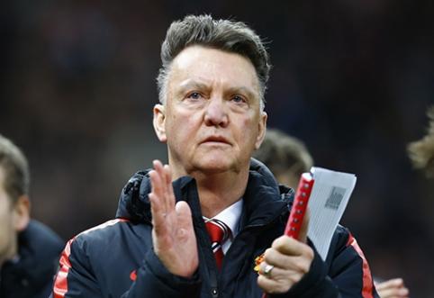 """L. van Gaalas: mūsų gynėjai per žemi, kad susitvarkytų su """"Stoke"""""""
