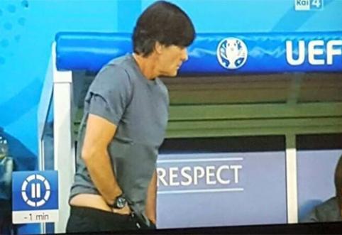 Rungtynėse prieš Ukrainą J.Lowas atliko savotišką ritualą (VIDEO)
