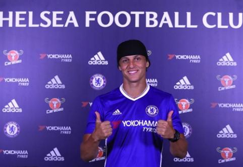 """Oficialu: D. Luizas grįžta į """"Chelsea"""""""