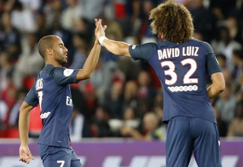 """Sky Sports: """"Chelsea"""" pateikė pasiūlymą už D. Luizą"""