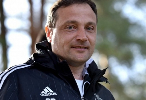 """""""Utenis"""" atsisveikino su futbolo piramidės architektu O.Boičišinu"""