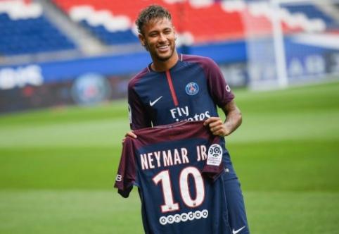 """Neymaras: norėjau didesnio iššūkio nei """"Barcoje"""""""