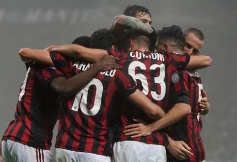 """""""Serie A"""":""""Napoli"""" sugrįžo į viršūnę, sostinės klubai pralaimėjo, o Milano ekipoms sekėsi skirtingai (VIDEO)"""