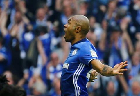 """""""Schalke'' įveikė BVB, ''Leipzig'' prarado taškus (VIDEO)"""