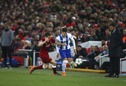 "Oficialu: ""Man Utd"" stiprinasi ""Porto"" krašto gynėju D. Dalotu"