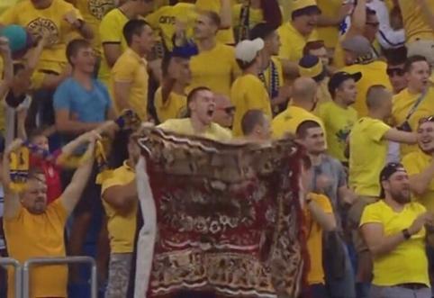 """Kilimas ant marškinėlių: """"Rostov"""" nustebino savo aprangos dizainu"""