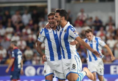 """Be dviejų žaidėjų likęs """"Real Sociedad"""" pasiekė pergalę prieš """"Huesca"""""""