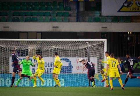 """""""Serie A"""": """"Cagliari"""" neturėjo vargo su lygos autsaideriais"""