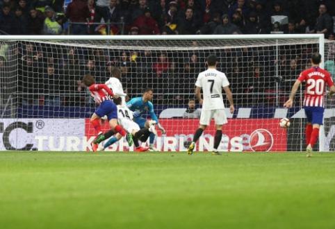 """""""Atletico"""" rezultatyvioje kovoje palaužė """"Valencia"""", """"Real Betis"""" pasiekė dugną"""