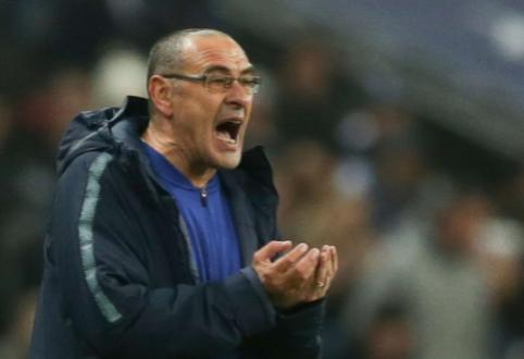 """Spauda: """"Chelsea"""" ketina atleisti M. Sarri ir jo vietą pasikviesti F. Lampardą"""