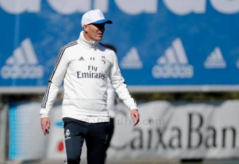 """""""Marca"""": Madrido """"Real"""" planuoja atsisveikinti su 14 žaidėjų"""