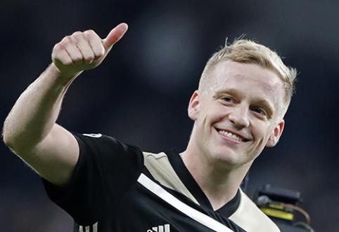 """Neįsigijęs P.Pogba, Madrido """"Real"""" taikysis į olandą"""