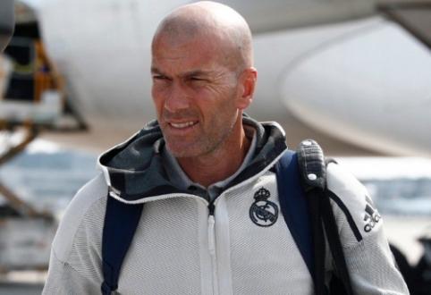 """Z. Zidane'as dėl asmeninių priežasčių paliko """"Real"""" treniruočių stovyklą Kanadoje"""