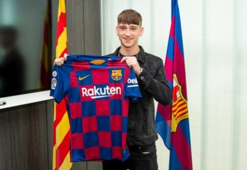 """""""Barcelona"""" įsigijo Europoje medžiotą 16-metį anglą"""