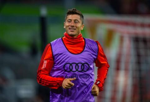 """R. Lewandowskis: """"Mums reikia trijų naujų futbolininkų"""""""