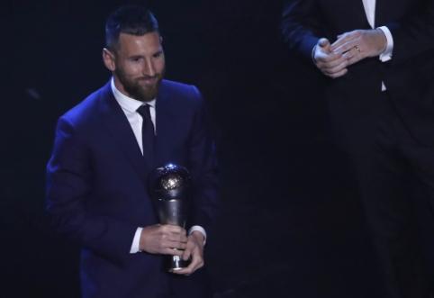 """Geriausio futbolininko apdovanojimą atsiėmęs L. Messi: """"Pastarieji du mėnesiai buvo sunkūs"""""""
