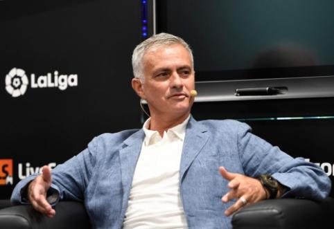 """J. Mourinho: """"Madrido """"Real"""" klube turėjau geriausią karjeros patirtį"""""""