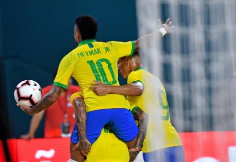Neymaras spindėjo mače su Kolumbija, bet brazilai liko be pergalės