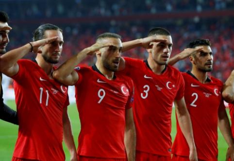 Turkai dėl kontroversiško įvarčio šventimo gali sulaukti nuobaudos iš UEFA